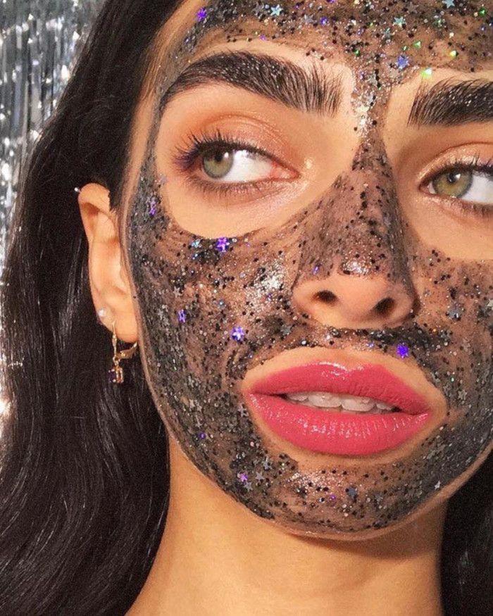 Уход за жирной кожей лица: какие правильно?