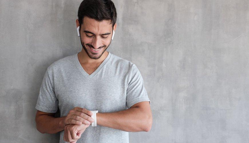 Нужно ли покупать смарт-часы?