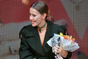 Офисный дресс-код: Ксения Собчак знает, как выглядеть стильно и привлекательно в костюме