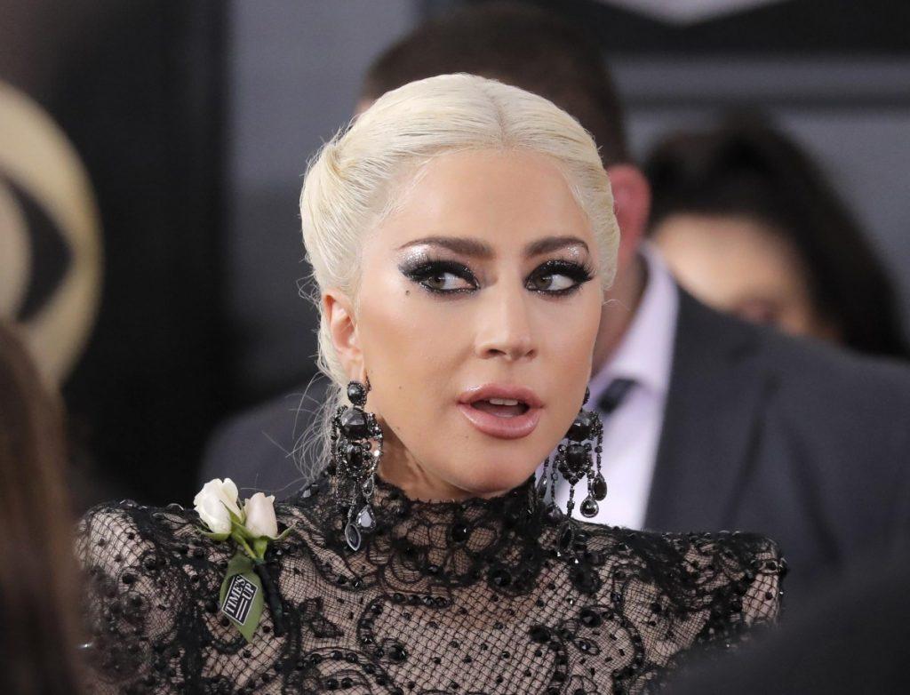 Откровенное интервью: Леди Гага рассказала правду о романе с Брэдли Купером и о многочисленных изнасилованиях
