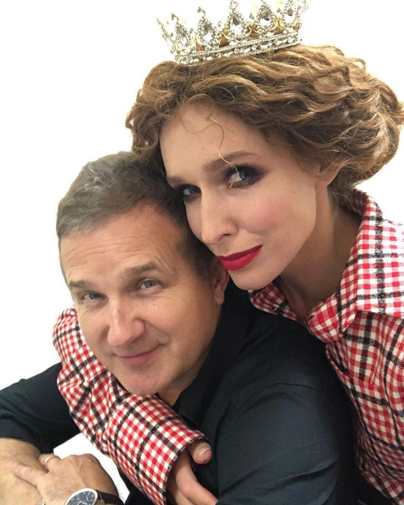 Идеальная пара: Катя Осадчая и Юрий Горбунов на презентации украинско-польского проекта «Кофе с кардамоном»
