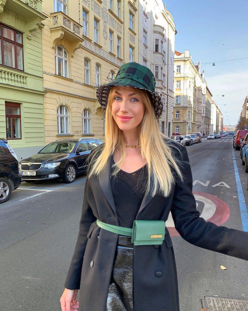 Леся Никитюк показала себя до и после макияжа
