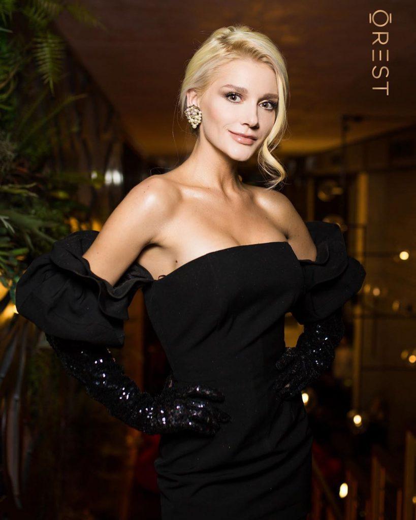 Больше не секрет: Миша Романова подтвердила рождение сына