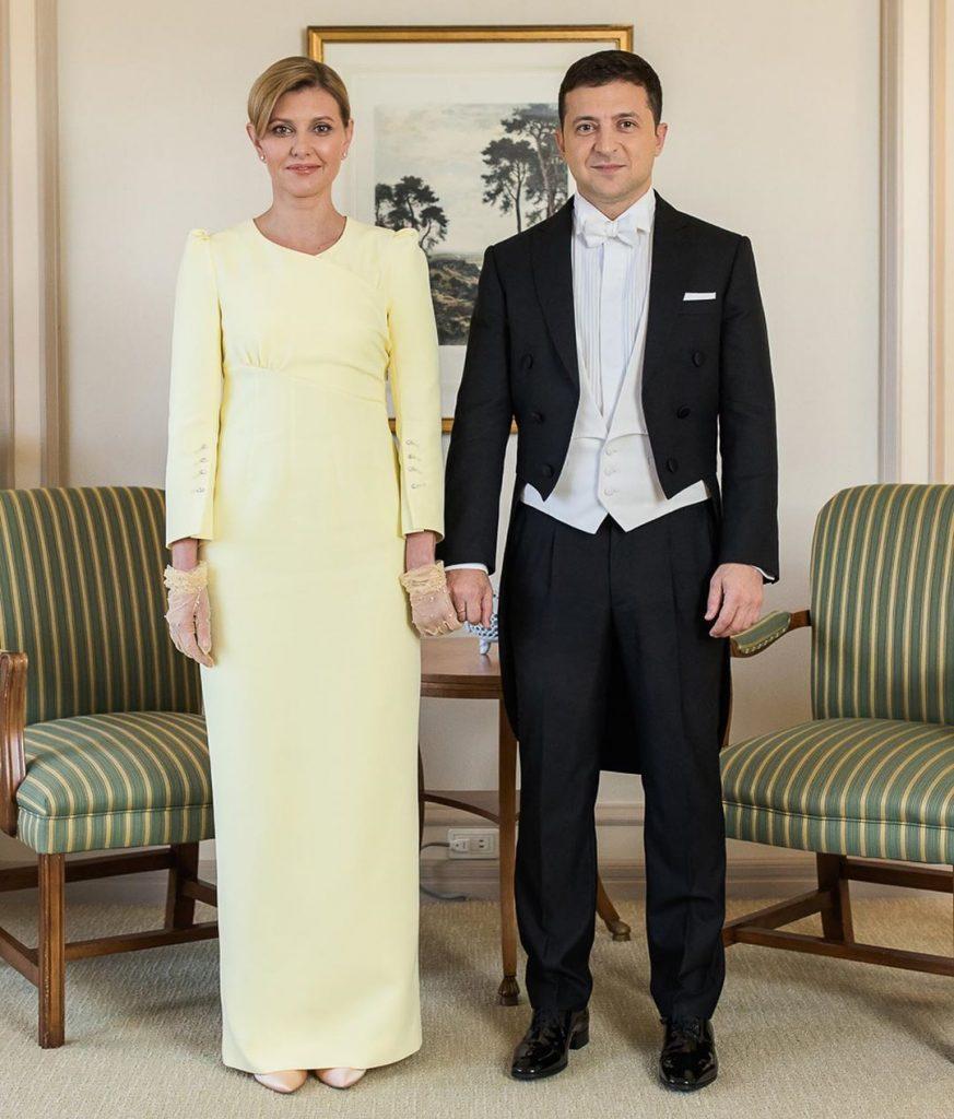 Елена Зеленская прилетела в Эстонскую Республику: рассматриваем образ