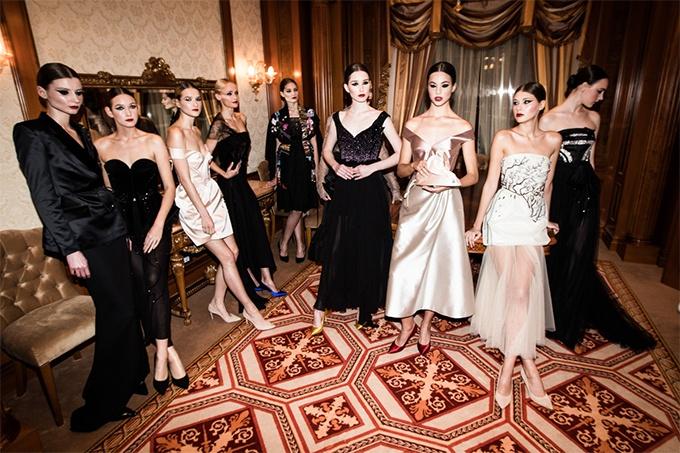 Украинский бренд Artem Klimchuk демонстрирует коллекцию вечерних платьев