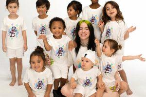 Билли Айлиш создала линейку детской одежды