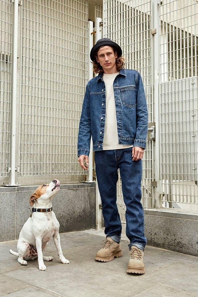 Уменьшение выбросов: H&M презентует безразмерные джинсы