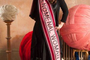 Хелена Бонэм Картер в роли дизайнера: коллекция шарфов для феноменальных женщин