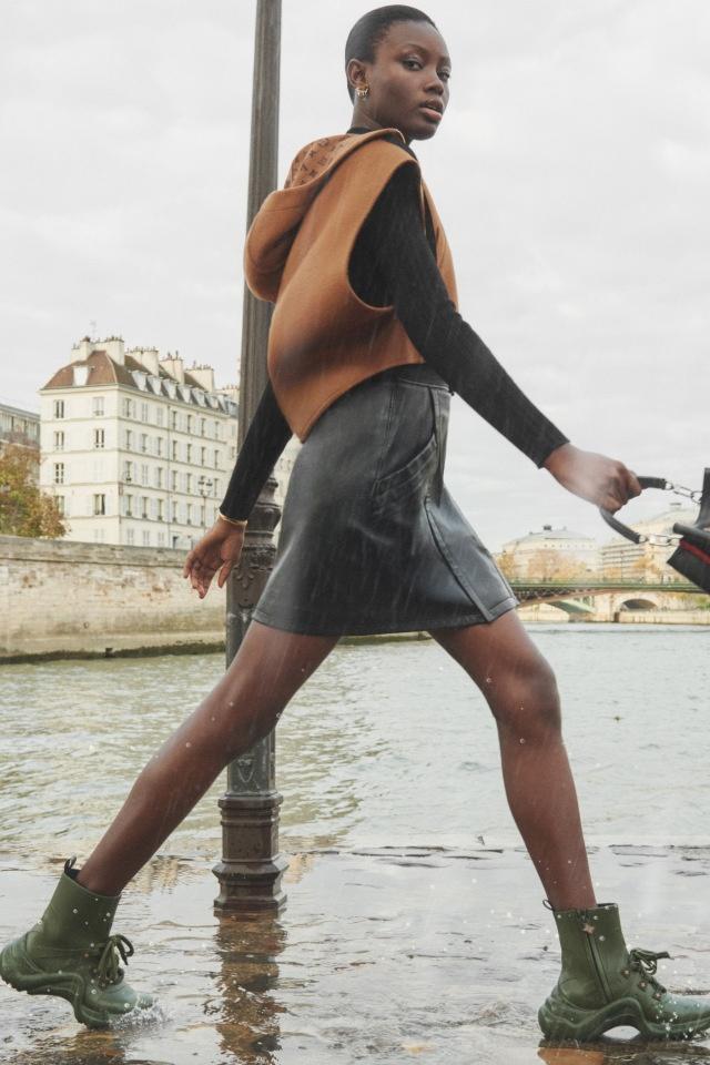 Новый взгляд на резиновые сапоги от модного дома Louis Vuitton