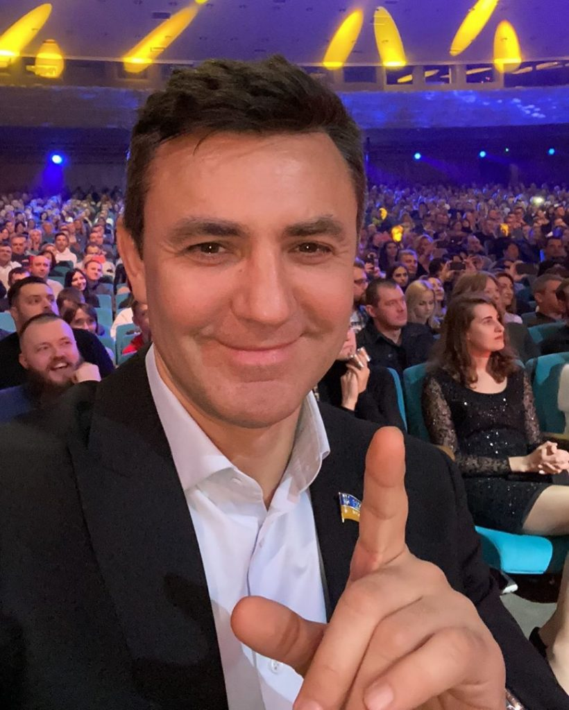 Николай Тищенко поделился трогательным фото с сыном