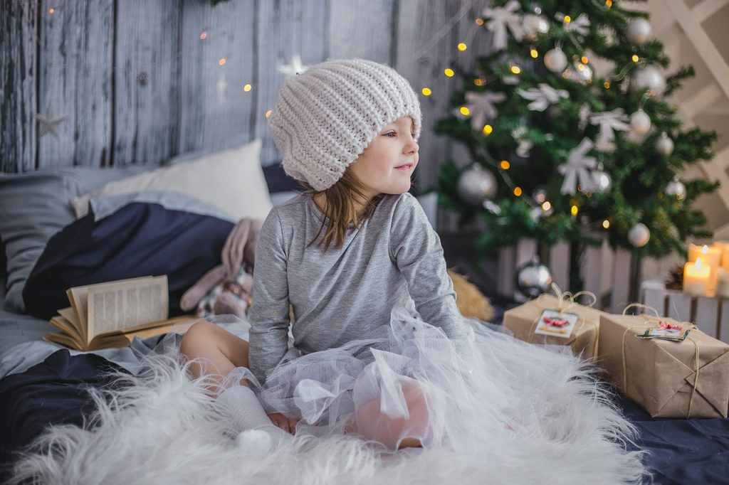 Как сделать новогодние праздники менее стрессовыми для ребенка?