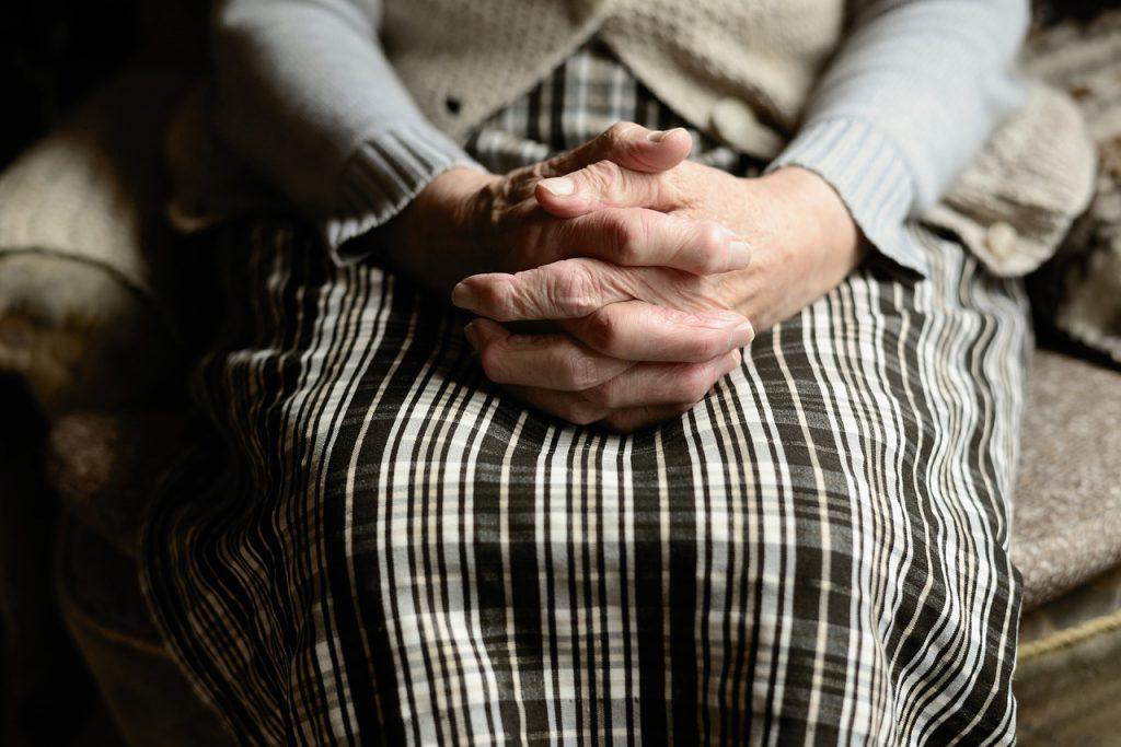 Учёные назвали фактор, который влияет на то, что женщина доживёт до 90 лет