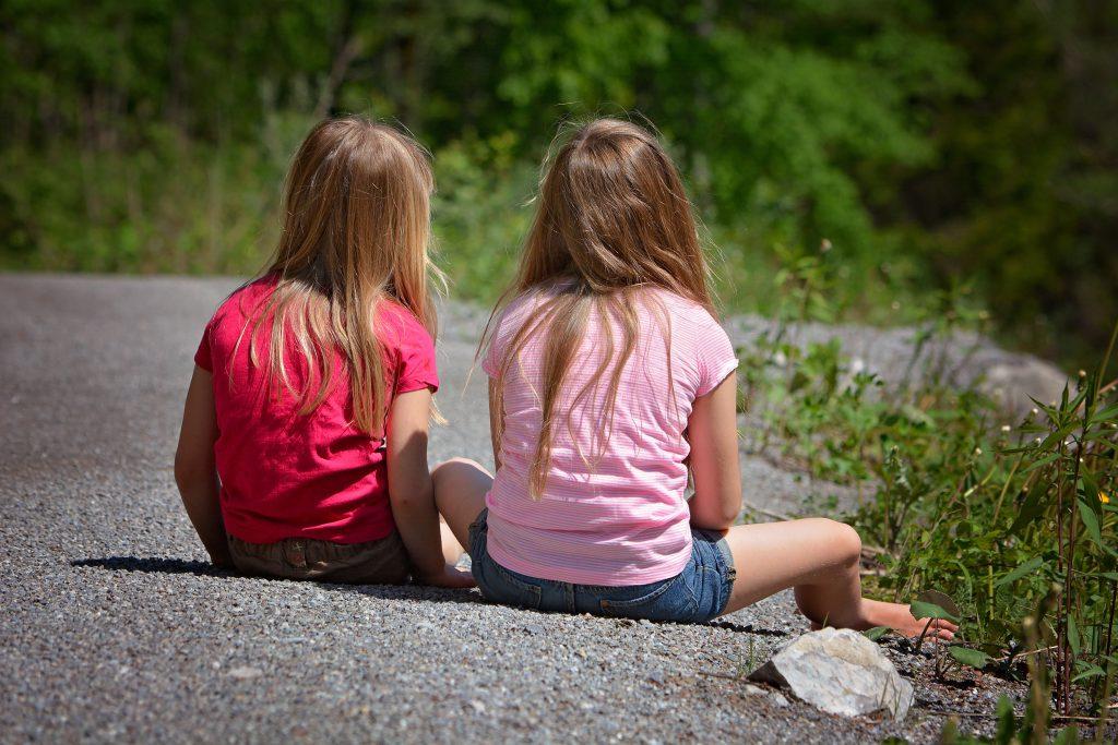 Что делать, чтобы ребенок перестал сплетничать?