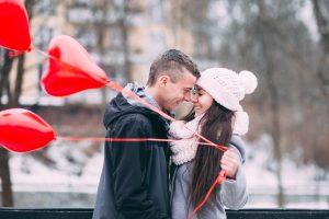 5 идей, как провести свидание в сезон праздников