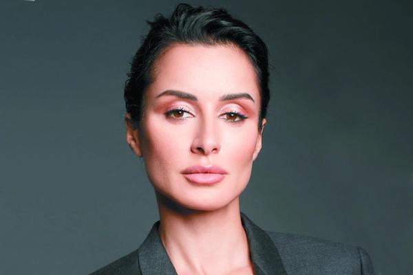 Универсальный макияж за 15 минут от Тины Канделаки