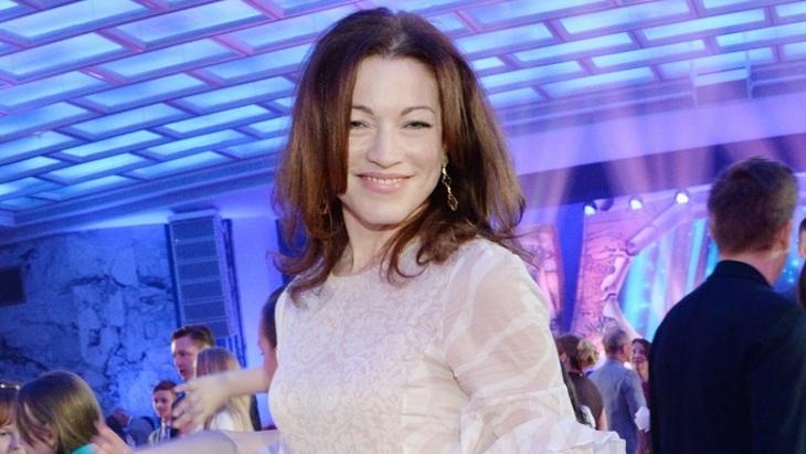 49-летняя Алёна Хмельницкая шокировала фигурой в купальнике
