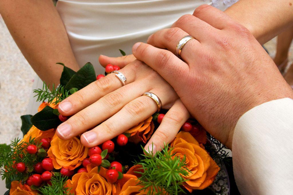 Лучший возраст для вступления в брак для женщин и мужчин