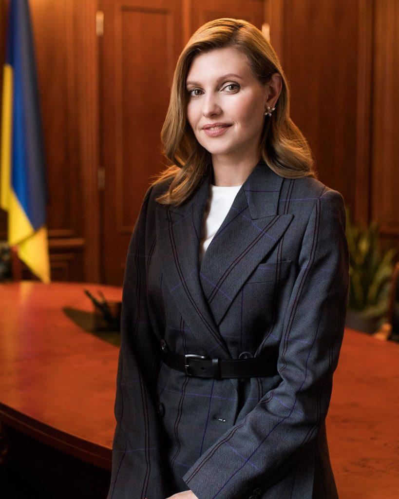 Елена Зеленская завела свою страницу в социальной сети Facebook