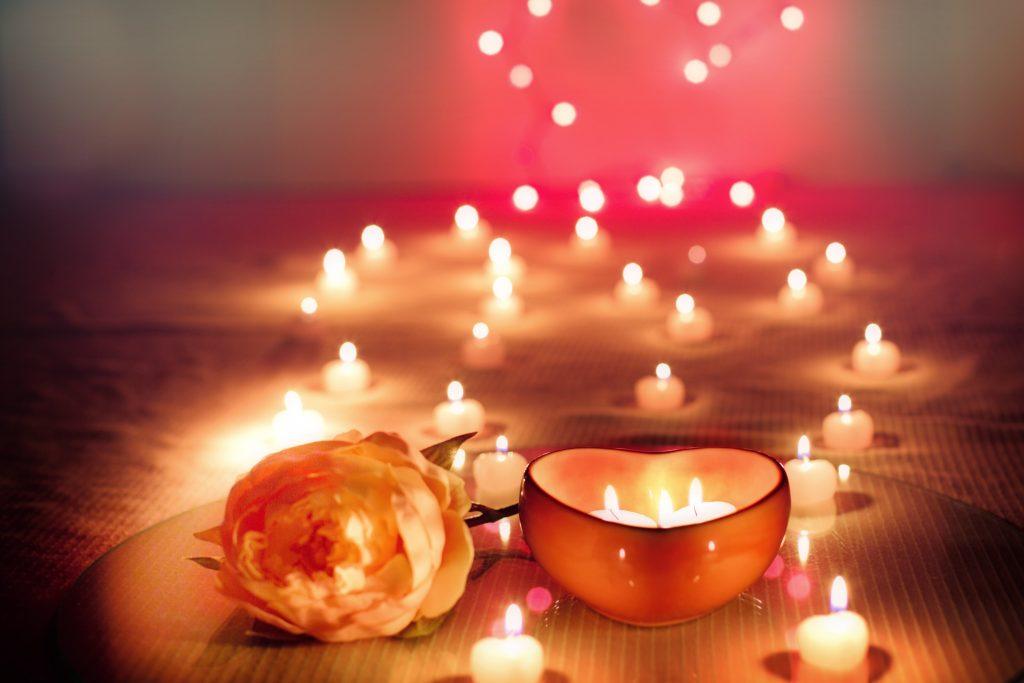 Снятие стресса и 4 других причин зажигать свечи в своём доме