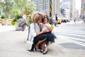 5 фраз, которые помогут укрепить связь между матерью и дочерью