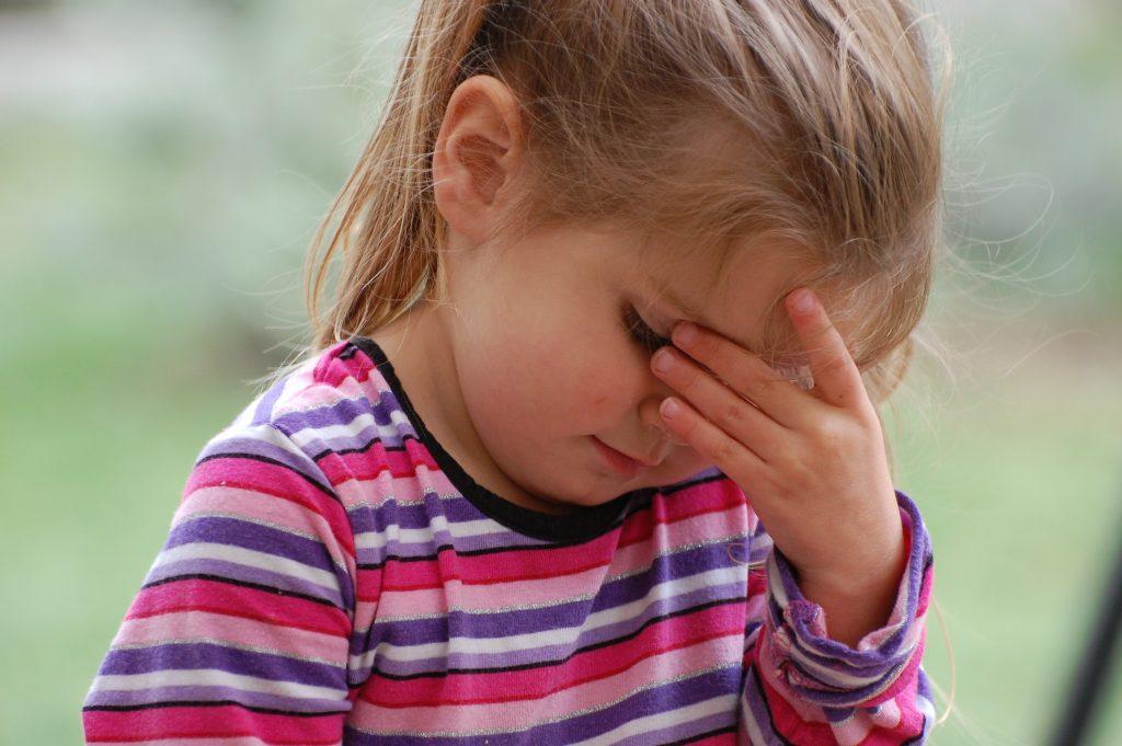 3 фразы родителей, которые могут разрушить психику детей