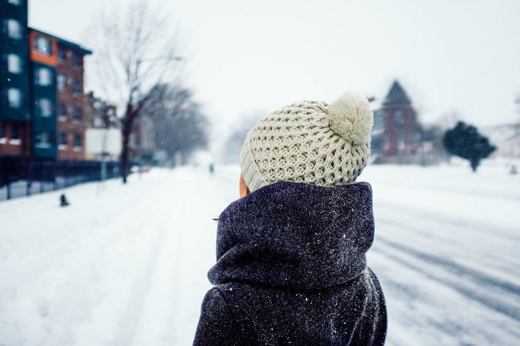 Почему нельзя выходить на улицу зимой без шапки?