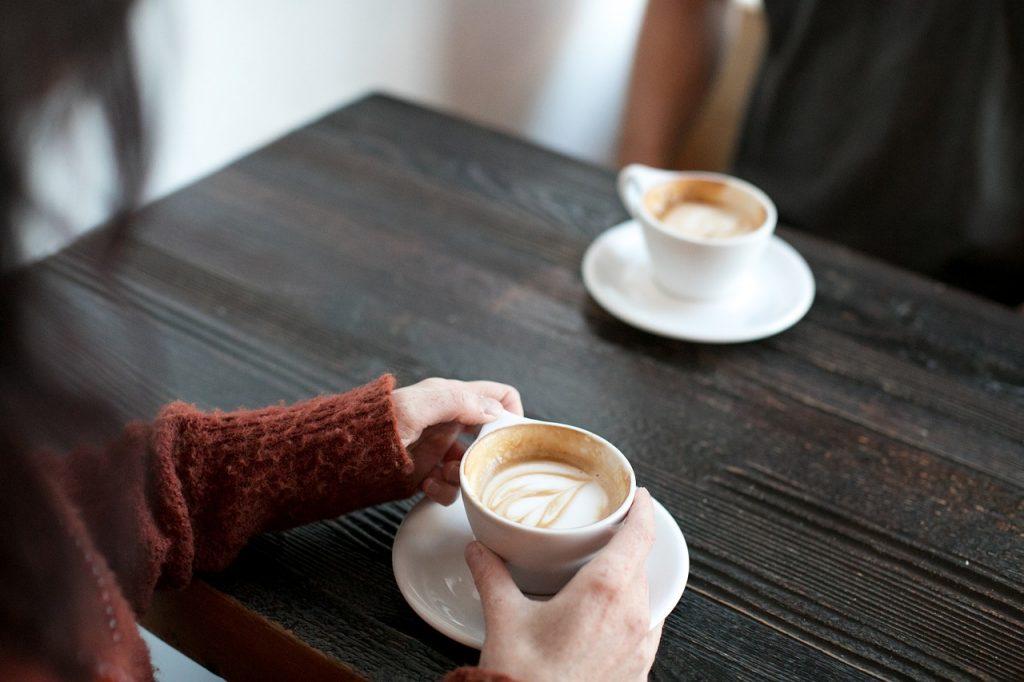 Миф или правда: беременным нельзя пить кофе?