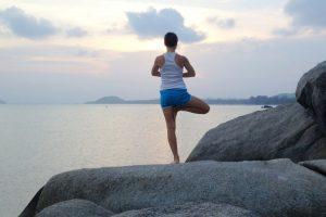 6 способов улучшить равновесие во время обычных ежедневных задач
