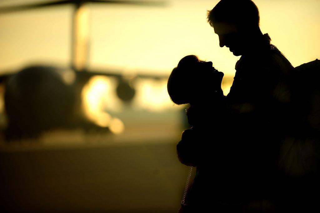 Один из 50 путешественников находит любовь всей жизни в самолёте