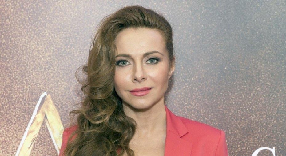 Редкий выход: Екатерина Гусева вышла в свет с мужем