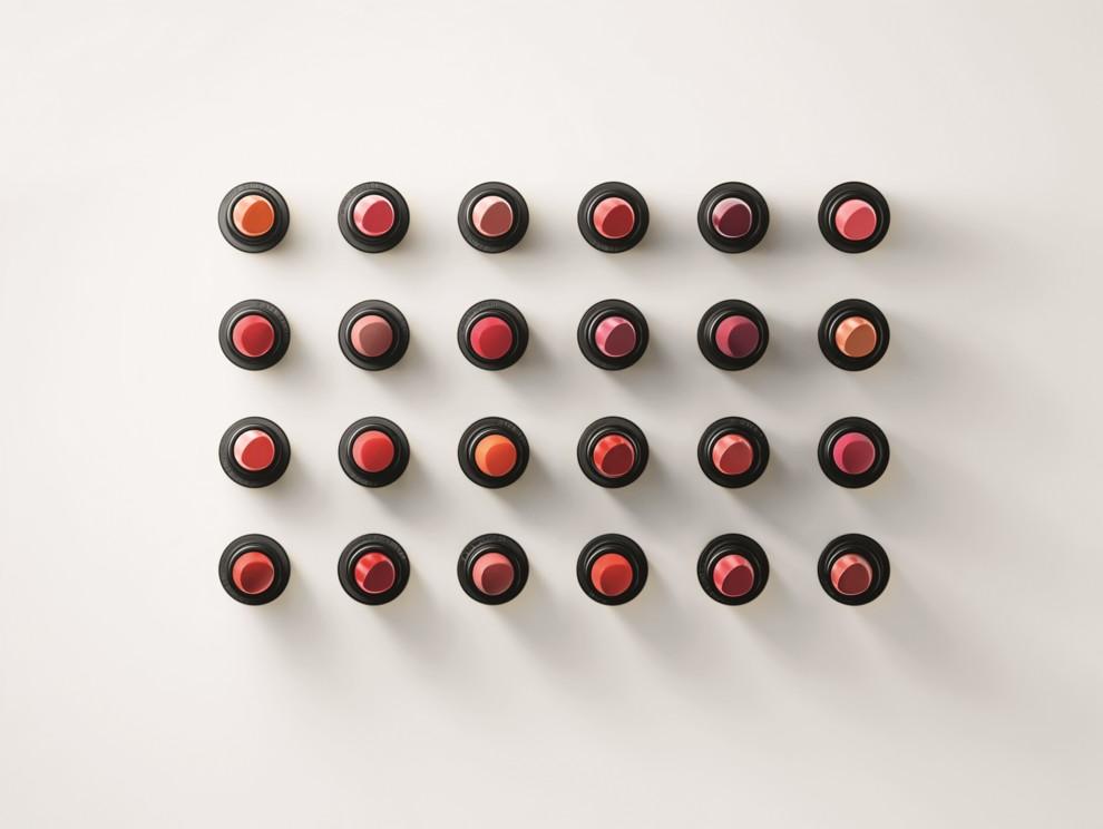 Первый бьюти-продукт: Hermès запускают линию помад