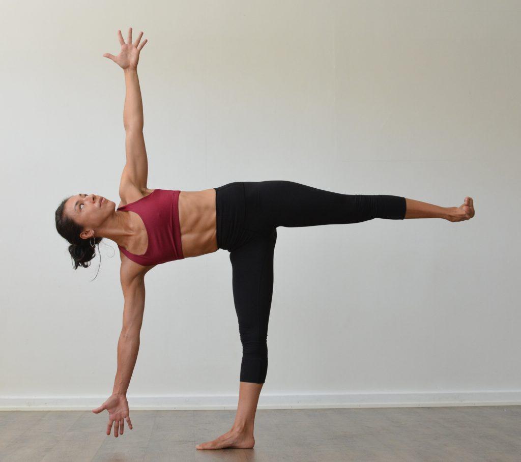 Упражнения, которые избавляют от боли во время менструального цикла