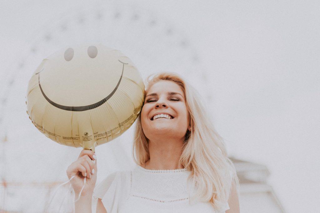 Каким образом смех помогает терять лишний вес?