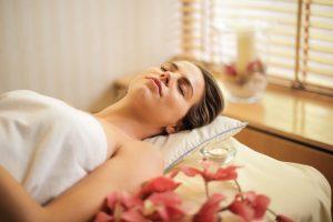 Стресс, головная боль и другие признаки, что вам нужен массаж