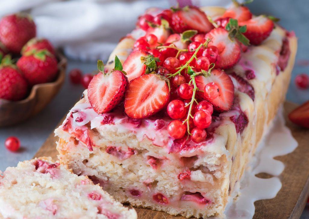 Рецепт клубничного десерта с глазурью на День Святого Валентина