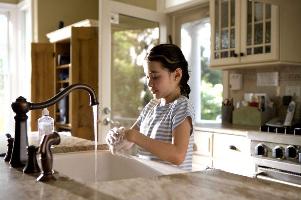 5 простых шагов, как научить ребенка правильно мыть руки