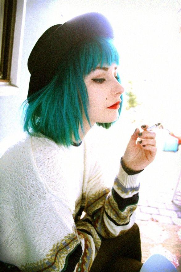 Как сохранить цвет волос: советы по уходу за окрашенными прядями