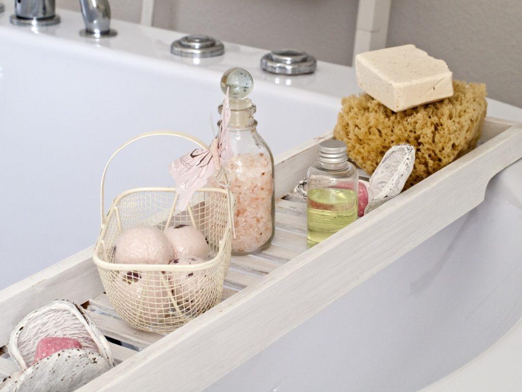 SPA дома: что добавить в ванну, чтобы снять стресс?
