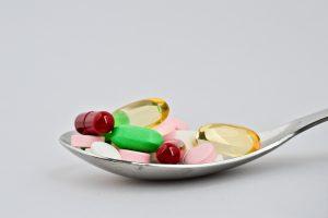 Безопасно ли принимать лекарства с истёкшим сроком годности?
