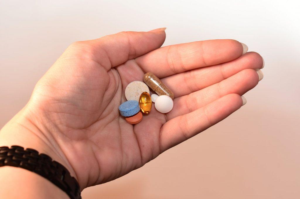 Какими лекарствами запастись в условиях карантина?