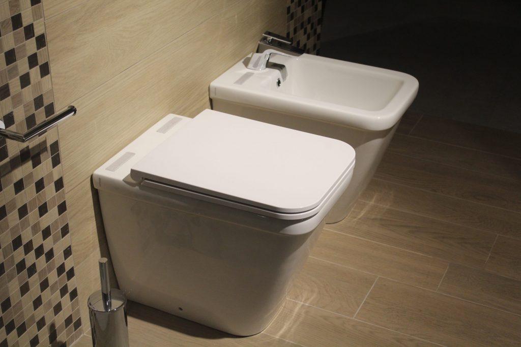 Что такое биде и почему оно лучше туалетной бумаги?