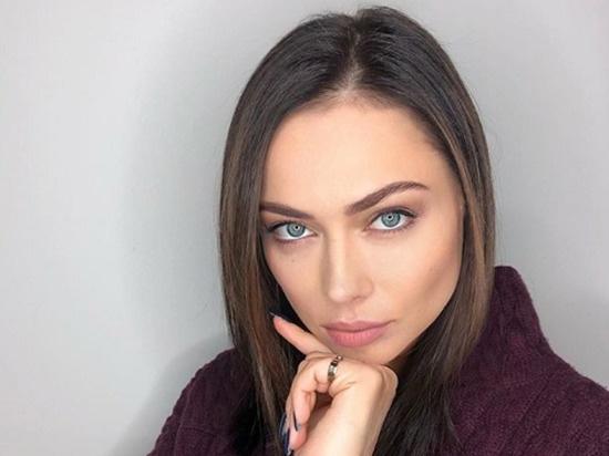 Настасья Самбурская впервые показала мужа и сына