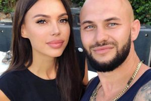 Оксана Самойлова после скандала с мужем обратилась к психологу
