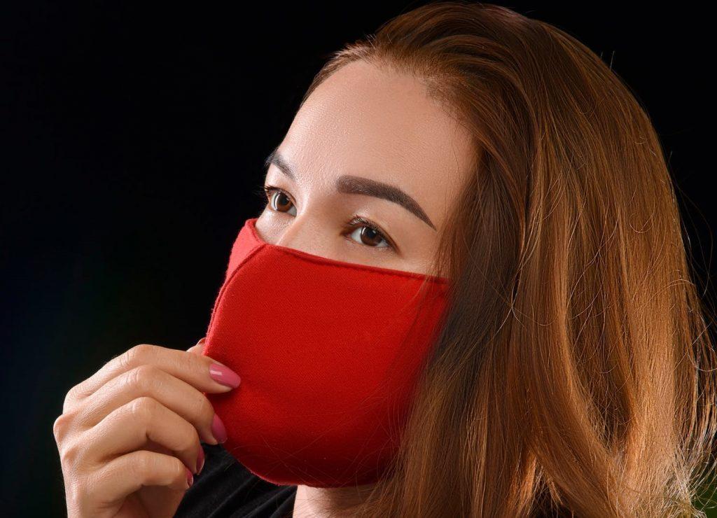 Насколько эффективна самодельная маска в защите от коронавируса?