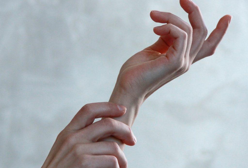 Коронавирус вызывает сыпь? Что нужно знать о необычном симптоме