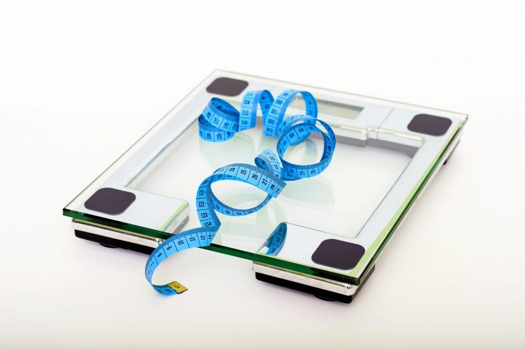 Что лучше для похудения: правильное питание или спорт?