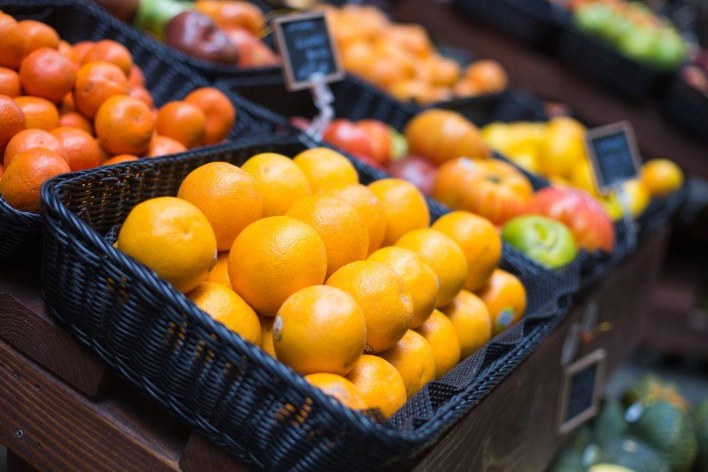 Нужно ли дезинфицировать продукты из супермаркета?