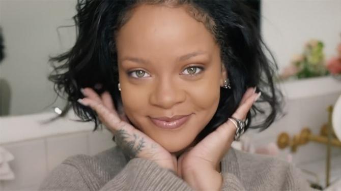 Как сделать ежедневный макияж: бьюти-урок от Рианны