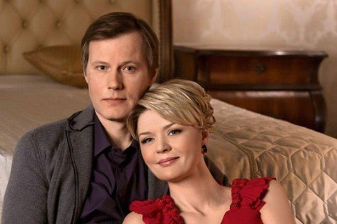 Юлия Меньшова трогательно поздравила мужа с днём рождения