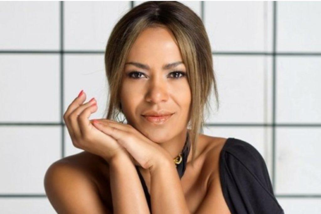 Украинская певица песней выразила благодарность медикам